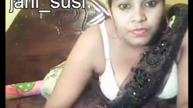 superb cheated Indian wife she is so horny