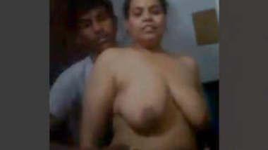 Chubby Bhabhi Having Affair with Young Boy