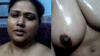 Housewife had porn fantasy about posing naked in shower for Indian boys