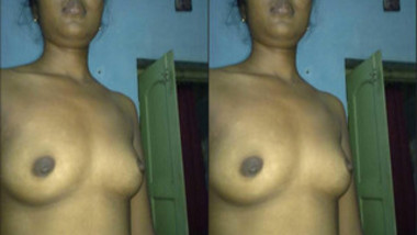 Good-looking Indian webcam model plays with sexy chest teasing XXX guys