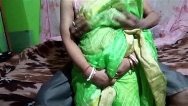Chudasi padosan se Hindi mai free hardcore fuck video