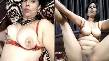 Kinky Desi mature wife displays her assets on selfie cam