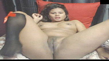 Babe found a comfortable position for masturbation in Indian porn show