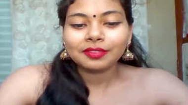 Desi Tamil Bhabhi Fingering On WebCam