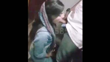 Paki hot college girl sucking