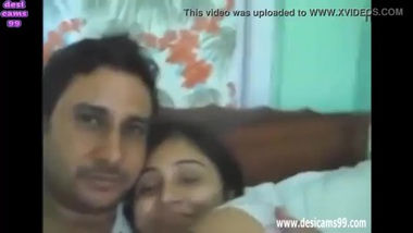Aishwarya Innocent Desi Housewife Fucking Hard...