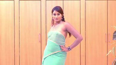 Indian actress Swathi Naidu looks very sexy wearing a turquoise dress