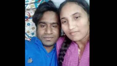 Delhi bhabhi with husband leaked personal