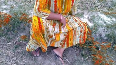 Desi bhabhi with devar outdoor First time sex