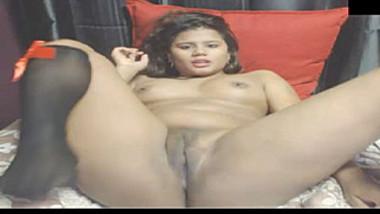 Webcam XXX video of sexy Indian girl in below-the-knee socks masturbating