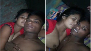 Indian lovers cuddle in bed before boy gets access to teen's XXX nipple