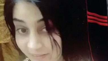 Selfie fingering video of beautiful Pakistani girl