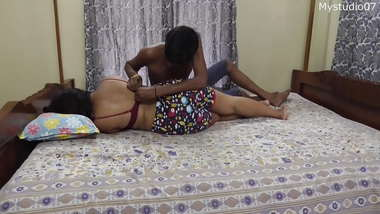 Indian sexy vhabi having sex with her cousin brother!!!