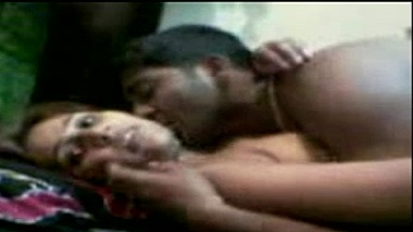 Mature Jaipur wife passionate home sex with hubby leaked