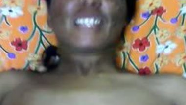 Indian village aunty makes love with hubby's friend mms