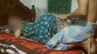 Desi village bhabi fucking with husband friend when husband not in home video-4