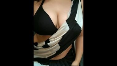 Busty Indian School Teacher Stripteasing In Her Saree   Cocobust69