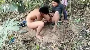 Outdoor sex video of Assamese couple caught by voyeur