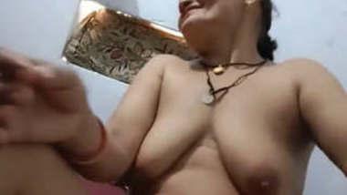 Desi mature aunty sex with husband