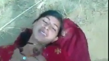 Indian porn sites presents Punjabi village girl outdoor sex with lover