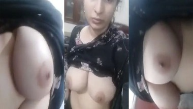 Exclusively big booby Pakistani wife exposed nude