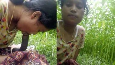 Dehati Gf sucking dick outdoor video scandal