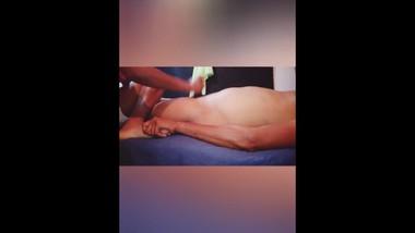srilankan spa massage and handjob ස්පා මදු දෙන කැරි සපක්.
