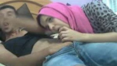Hindi sex video of muslim college girl blowjob leaked mms