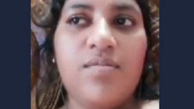 Desi village girl video call sex