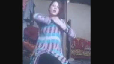 kashmir gal stripes salwar full nude show to bf leaked mms part 2