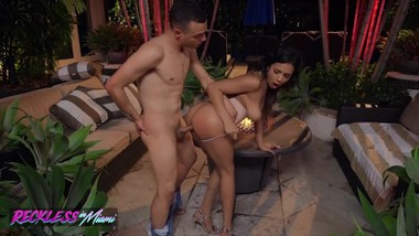 Reckless in Miami - Busty Latina Autumn Falls fucks by the pool