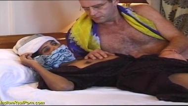 huge cock sex tourist cumming on a hairy desi...