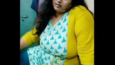 Busty Bhabhi Live 3