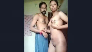 Desi Cpl Record Their Romance Video