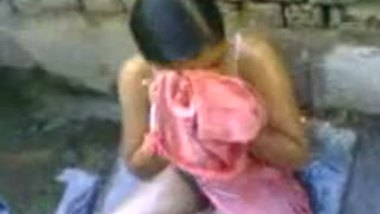 Cute village girl's outdoor bath exposed by bf