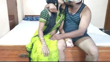 Desi indian wife fucking in green saree with neighbor