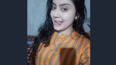 Beautiful Indian Girl Ruksar Leaked Videos Update Part 1
