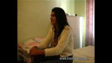 desi indian girl hotel sex porn scandal - p..com