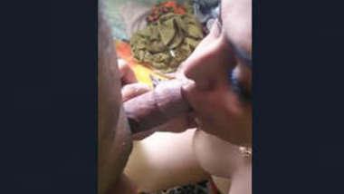 Paki Hot Wife Blowjob Clip
