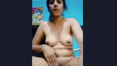 Beautiful Horny Desi Girl Fingering