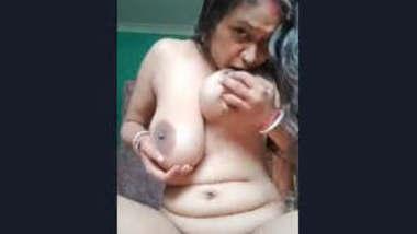 Unsatisfied Desi Horny Boudi Pussy Fingering