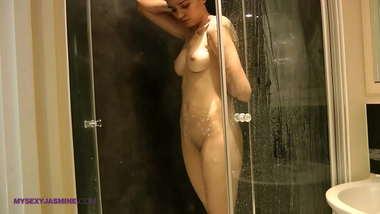 Virgin Indian Girl Jasmine In Shower Exposing Tight Pussy