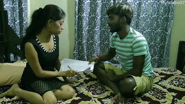 Indian Slim and sexy English Madam with student:: With clear audio