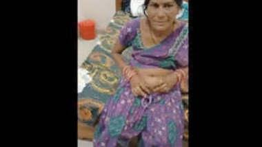 Desi mature Bhabhi Blowjob and Fucked Part 2